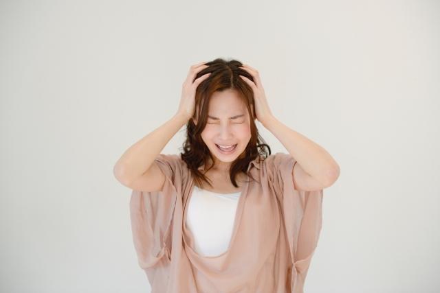 佐久市で突然、頭痛になったが何が原因と考えられるだろうか?