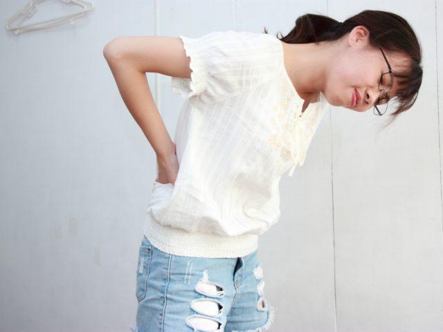 背中の痛みと肩こりの関係? 湿布で改善できない症状に対しての根本改善とは・・・佐久市の整骨院、整体院