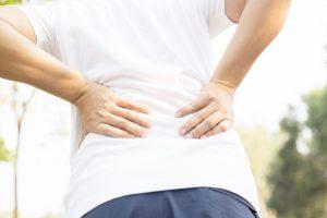 らいおんハート整骨院佐久 腰痛の痛みの原因と骨盤矯正と猫背改善による効果、効能とは・・・佐久市整骨院 整体院